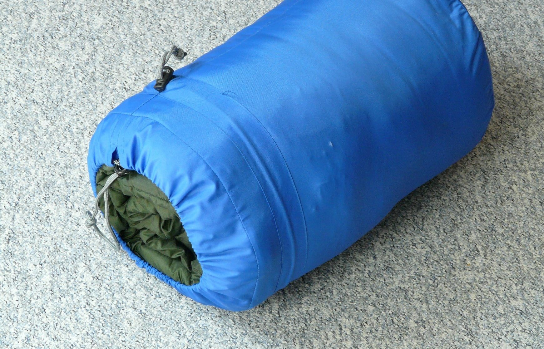 How to wash sleeping bags